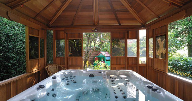 Comment abriter son spa d'extérieur ?