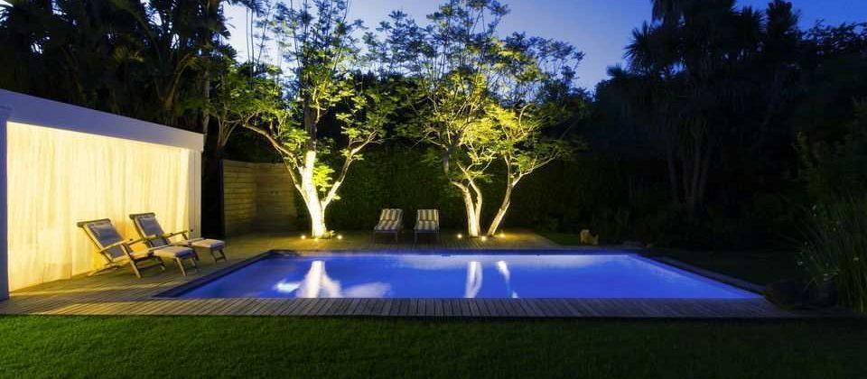 Quel éclairage autour d'une piscine ?
